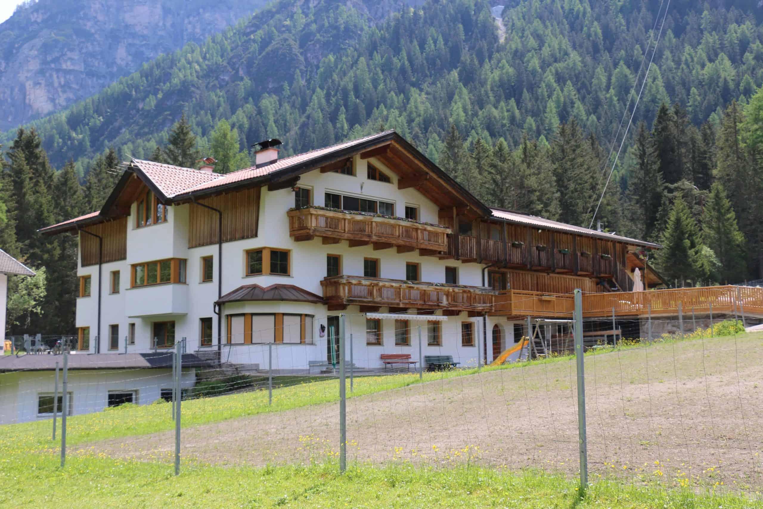 Hof-scaled Alpakas passen gut nach Tirol
